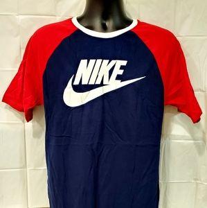 Nike T-Shirt for Men Size Medium
